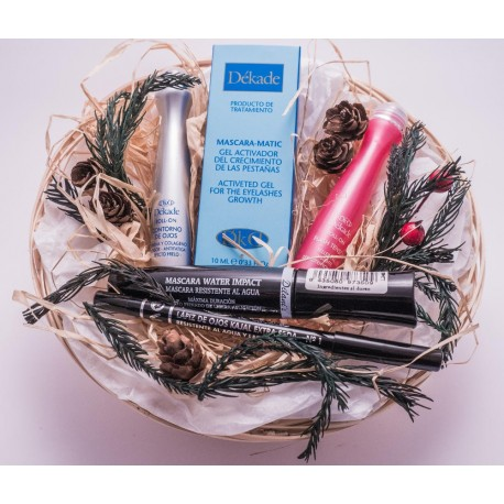 Beauty gift basket.