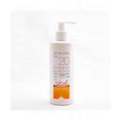 Aloe Plus Lanzarote. Protector solar SPF 20 con Aloe Vera. 250 ml